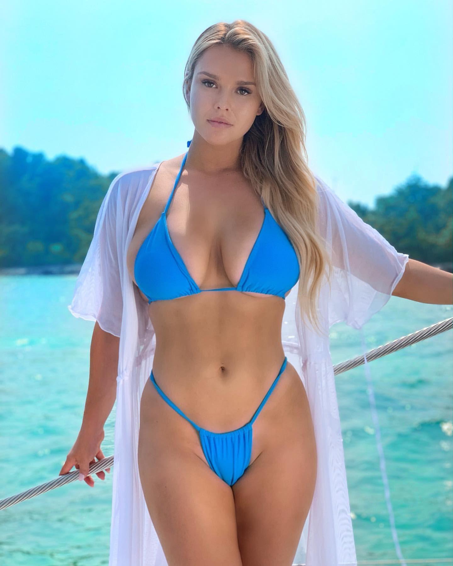 Kinsey Sue En 2021 Chicas En Bikini Fotos En Bikini Fotografía De Lencería