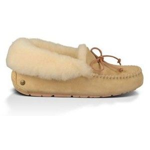 Ugg slippers,  so warm and comfy♡