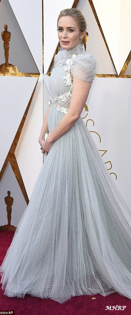 Emily Blunt in Schiaparelli Couture | Gorgeous celebs in fabulous ...