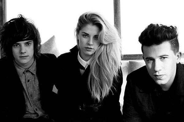 London Grammar release 'Rooting For You'  The British band have the first taste of new music since their 2013 debut album.