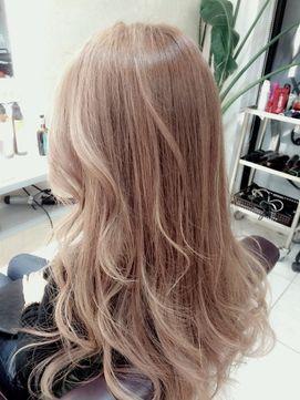 Unopulirumeda ダブルカラーミルクティーベージュ 神カラー ヘアスタイル 髪色 ベージュ 髪型
