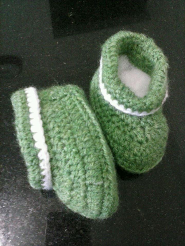 Sapatinho tricot verde