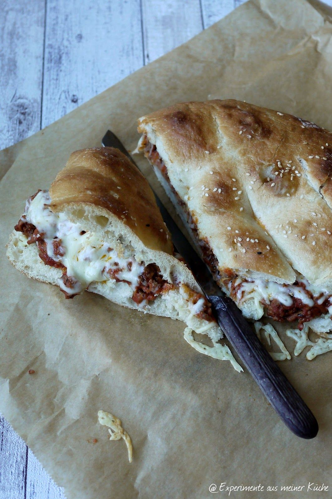 Bolognese-Fladenbrot-Pizza | Pizzas, Snacks and Bolognese