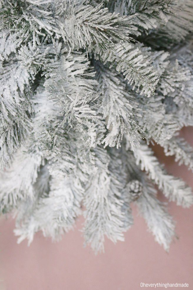 How to Make a Fake Christmas Tree Look Expensive | Fake christmas trees, Flocked christmas trees ...