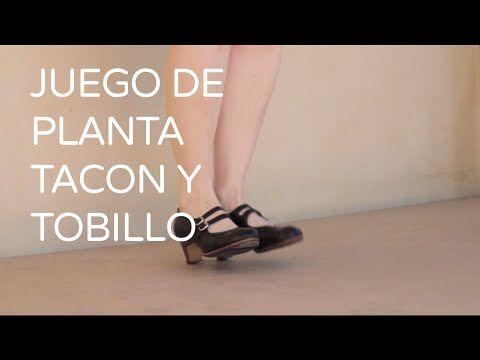 clase de danza española, castañuelas,zapateado, braceo. Alumnas de On Pointe , Palma de Mallorca