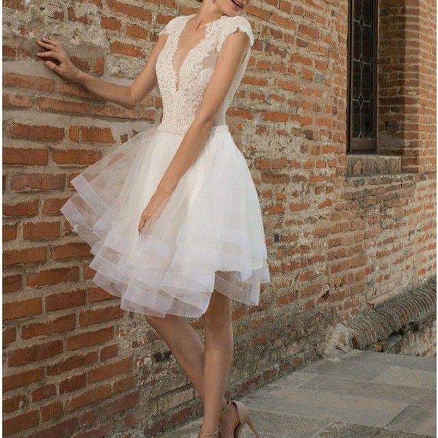 Hot Vestido De Noiva Curto V-Neck Lace Short Wedding