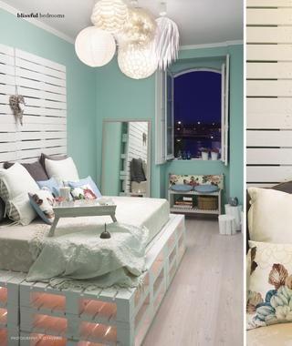 Love - pallet bed base, pallet headboard, cluster of lights Adore