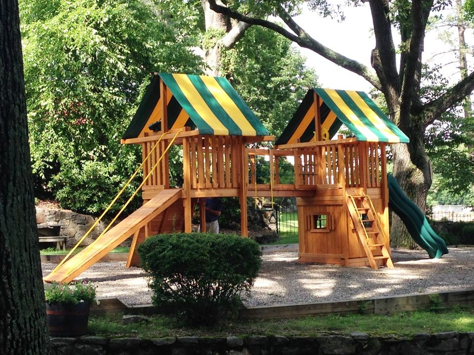 Custom @easternjungle swing set, delivered and installed by our team of professionals just a few days ago. Gorgeous cedar, a gang plank ramp, two canopies, a bottom playhouse, a bridge and so much more make this jungle gym a blast for the kids. No matter what you're looking for in a wooden playset, we have tons of options to offer!