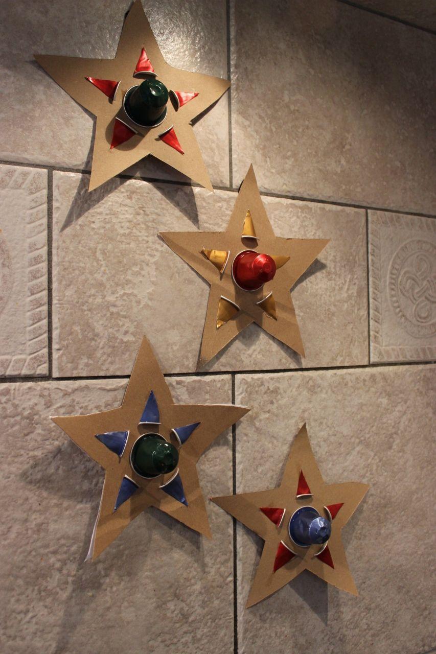 D corations de sapin en recyclage toile en papier cartonn et capsules nespres - Decoration avec capsule nespresso ...
