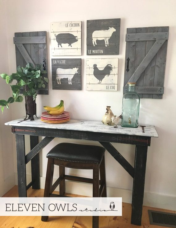 This Set Of 4 Rustic Farmhouse Animal Paintings, Complete With The French  Or English Word