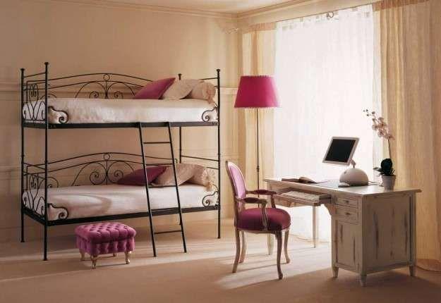 arredamento per piccoli spazi - letti a castello in ferro battuto