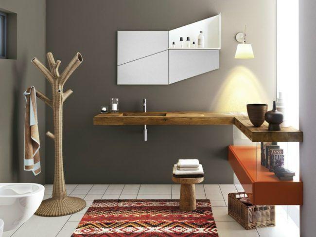 Badezimmer Waschbecken Holz Ablageflaeche Badspiegel Grau Wand Depth