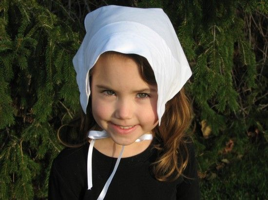 Fashion a little girl s pilgrim hat out of a man s handkerchief for  Thanksgiving. eaefead280f