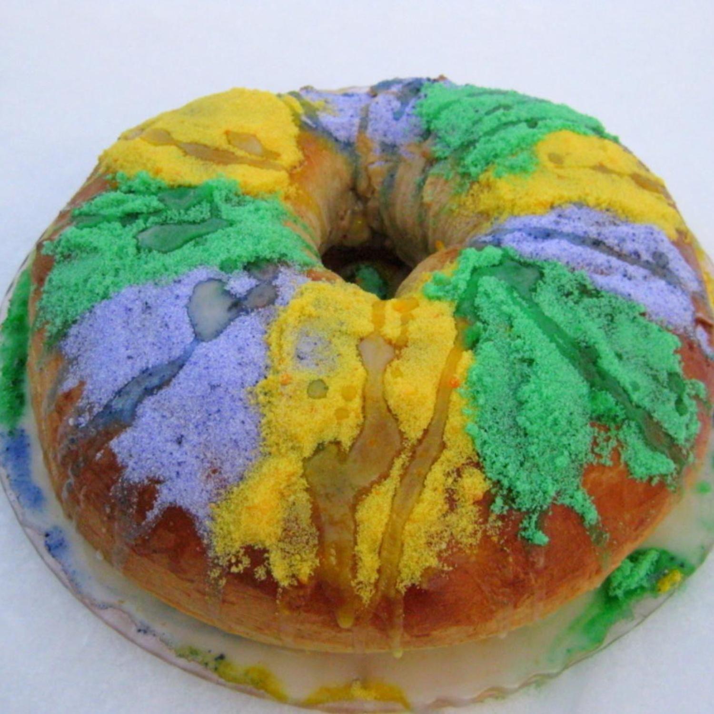Mardi Gras King Cake Recipe | Just A Pinch Recipes