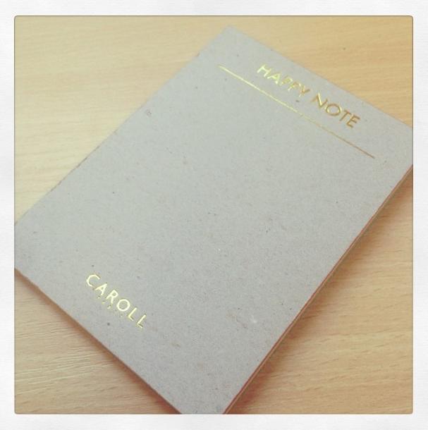 Happy Note Caroll par Com'municate #communicate #styckynotes #postit   http://www.com-municate.fr/contact
