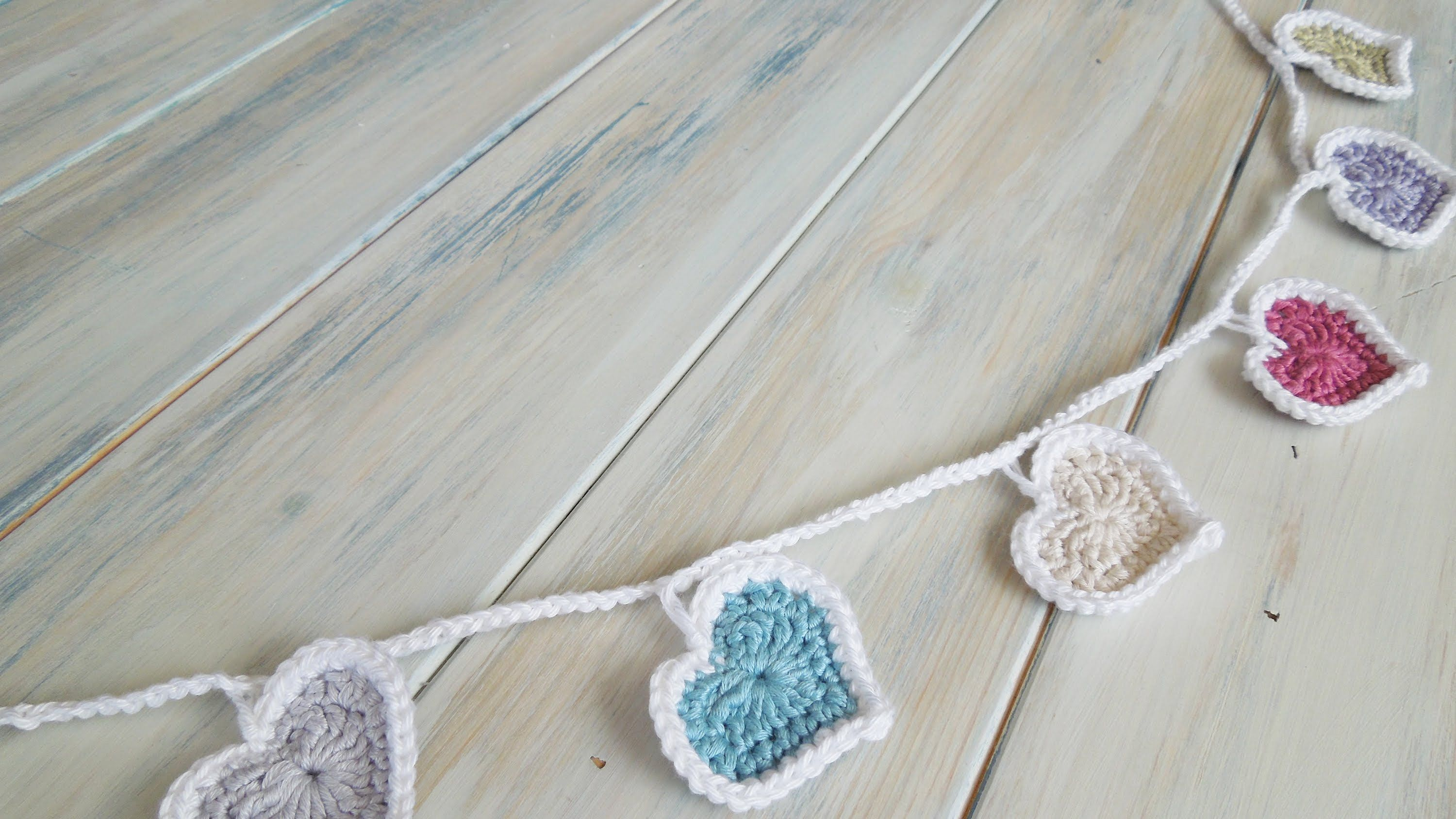 Crochet) How To - Crochet Heart Bunting | Crochet. | Pinterest ...