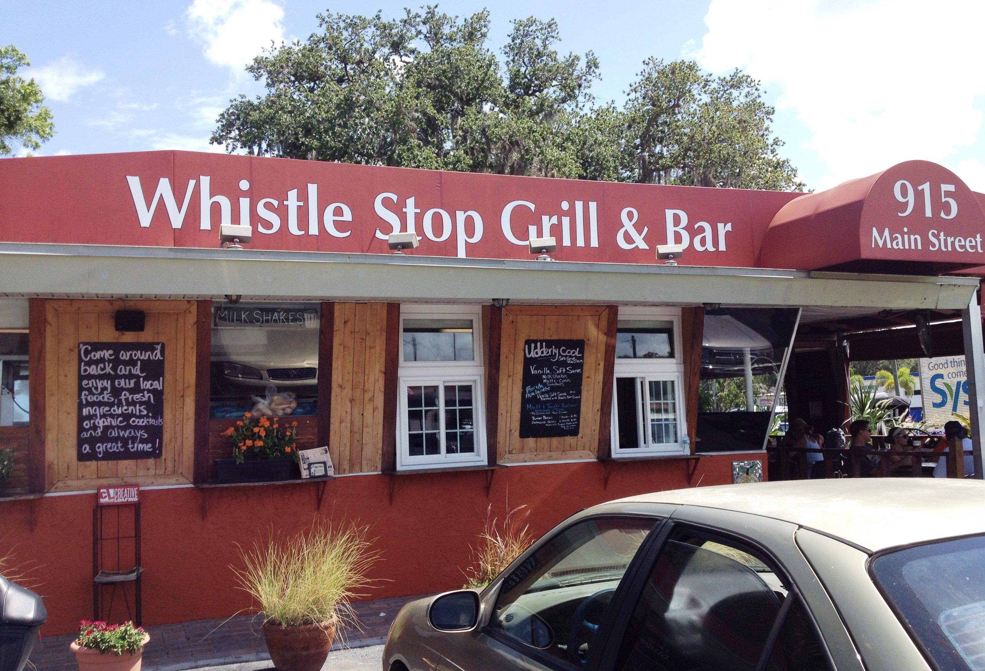 Whistle Stop Grill Amp Bar Home Of The Fried Green Tomato Bars