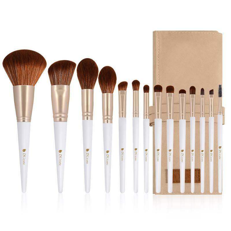 Photo of Daiko Makeup Brush Set