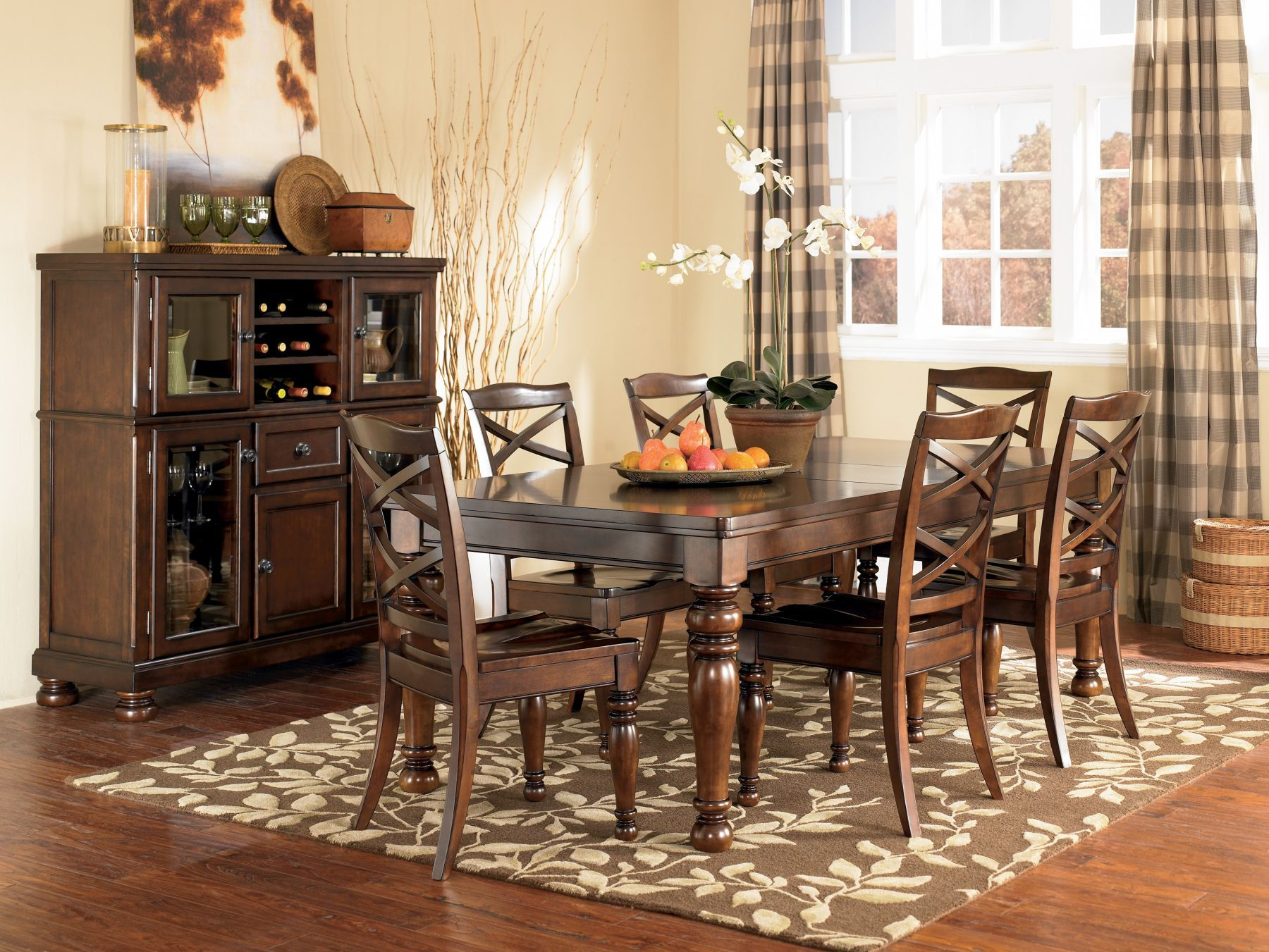 Navy And Gold Dining Room, Mathis Brothers Dining Room Table Sets