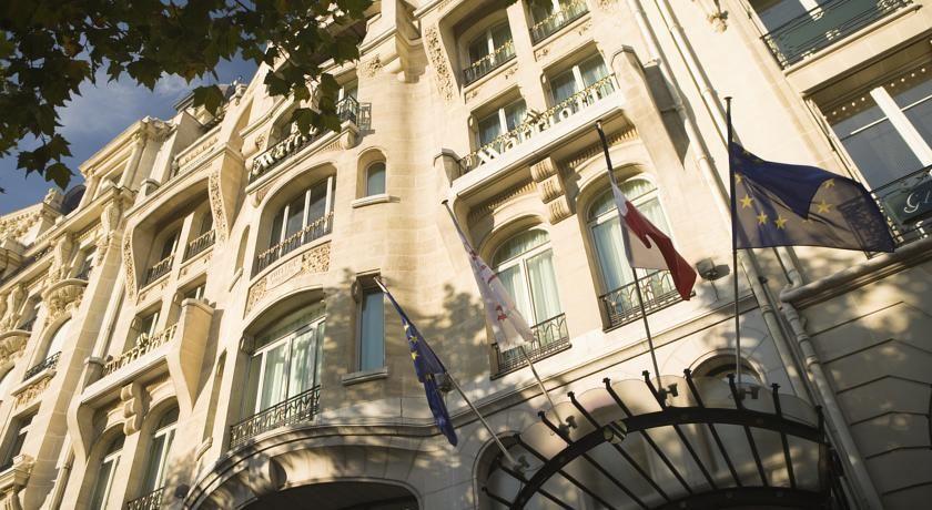 HOTEL|フランス・パリのホテル>エトワール凱旋門から700mの通り沿いに位置>パリ マリオット シャン ゼリゼ ホテル(Paris Marriott Champs Elysees Hotel)