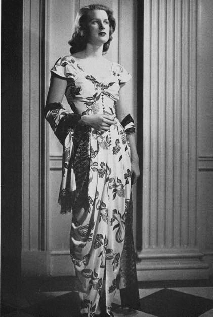 The Fabulous 40's #Formal #EveningDress With #Stole