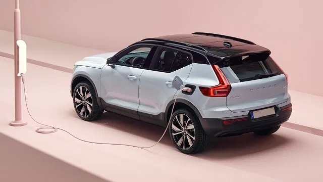 2022 Volvo Xc40 Coupe Hybrid Recharge And More 2020 2021 Suvs And Trucks Volvo Coupe Small Suv