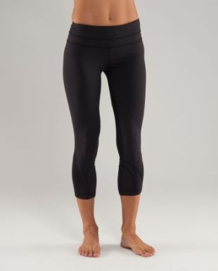 7aa0489a95a92 Cropped lululemon wonder under pants! They make your butt look so good!  Best pants
