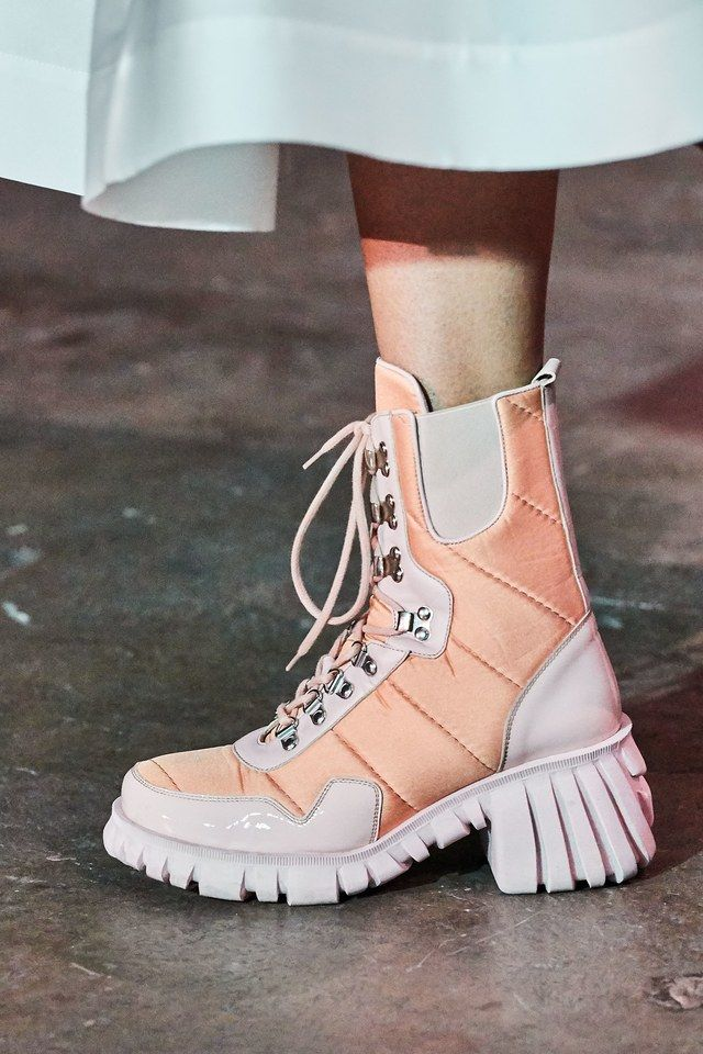 Marques'Almeida Spring 2020 Ready-to-Wear Fashion Show – Cool Boots