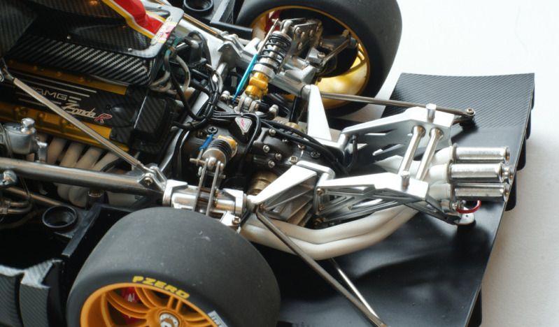 Pagani Zonda R Engine Miniature 1 18 Scale Model Cars
