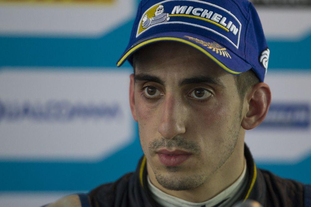 Sebastien Buemi edams Renault FIA Formula e Formula e