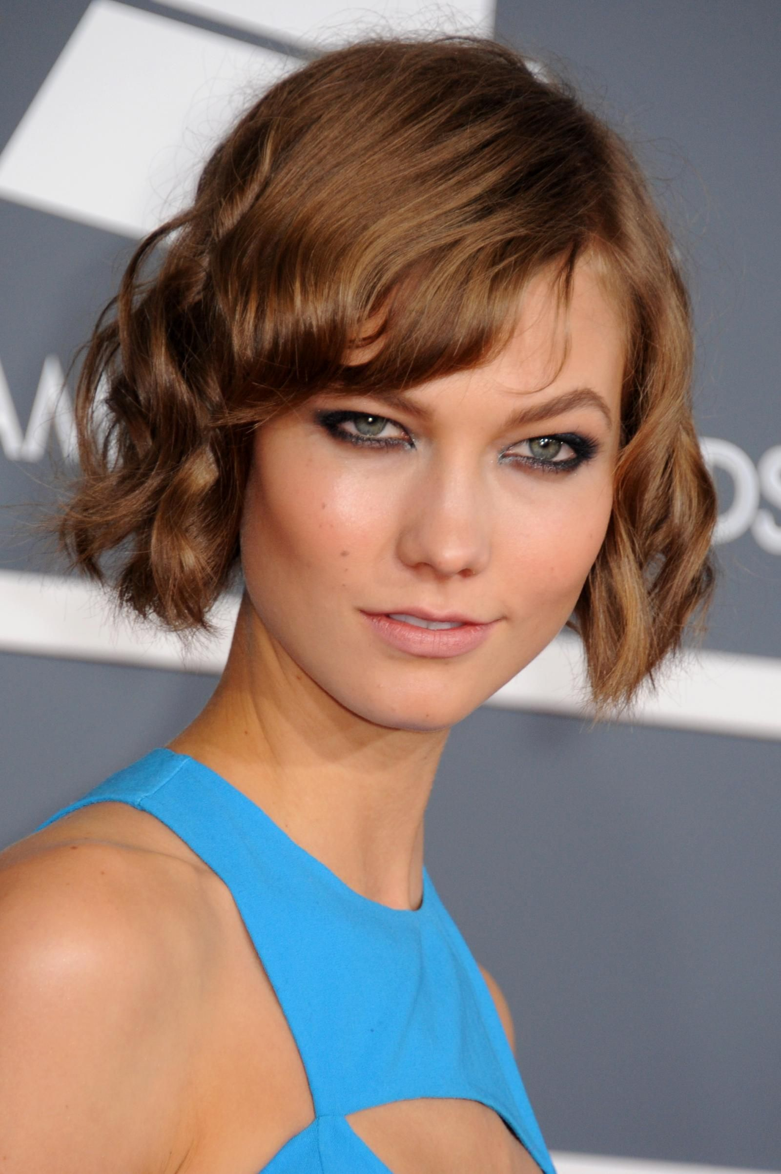 Short hair styles to flatter all faces short hair hair style and bobs