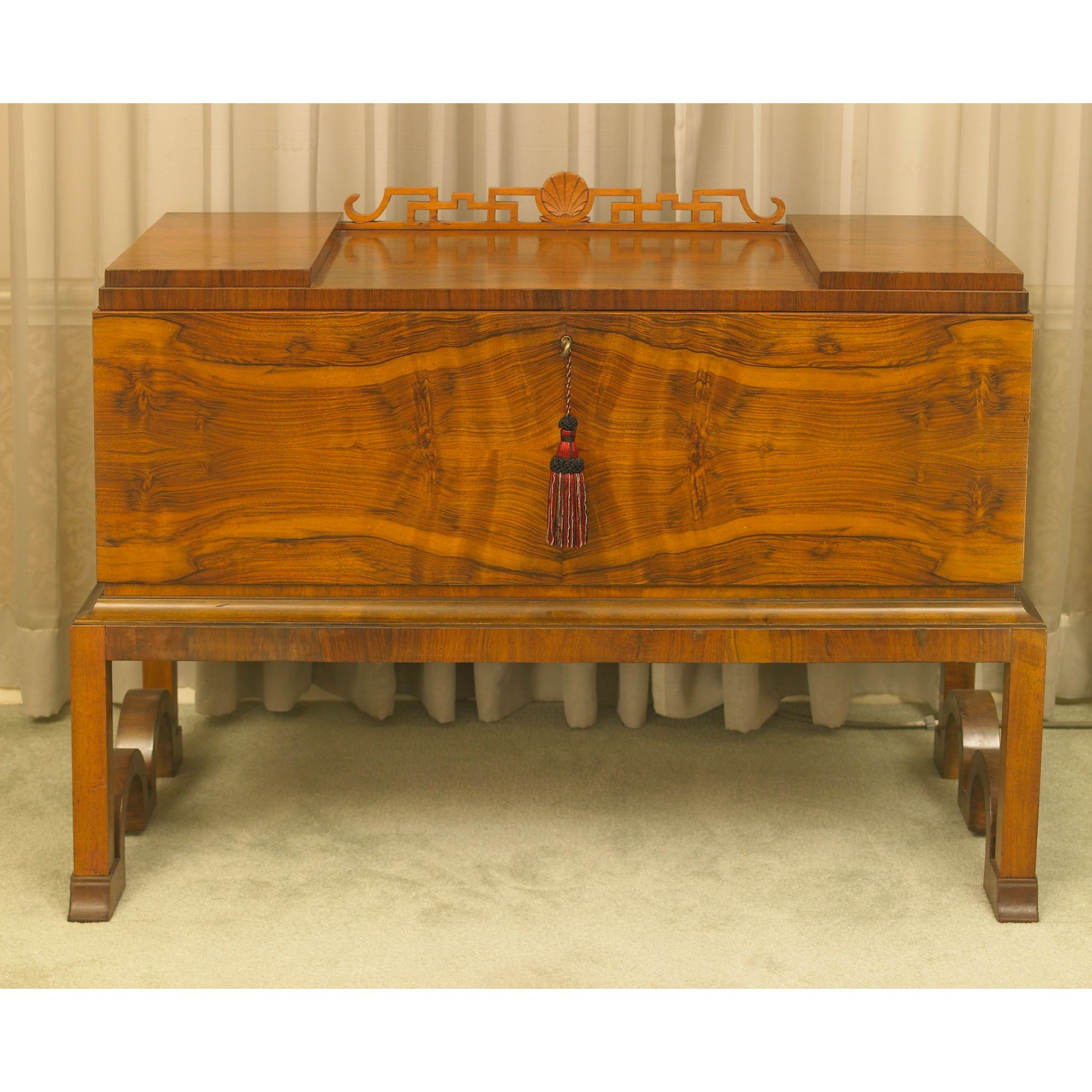 An Art Deco Walnut Cocktail Cabinet On Stand Art Deco  # Meuble Tv Oldy