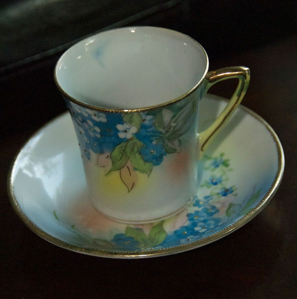 ANTIQUE PORCELAIN DEMITASSE TEA CUP ART DECO STYLE FORGET ME NOT FLORAL GILT WOW