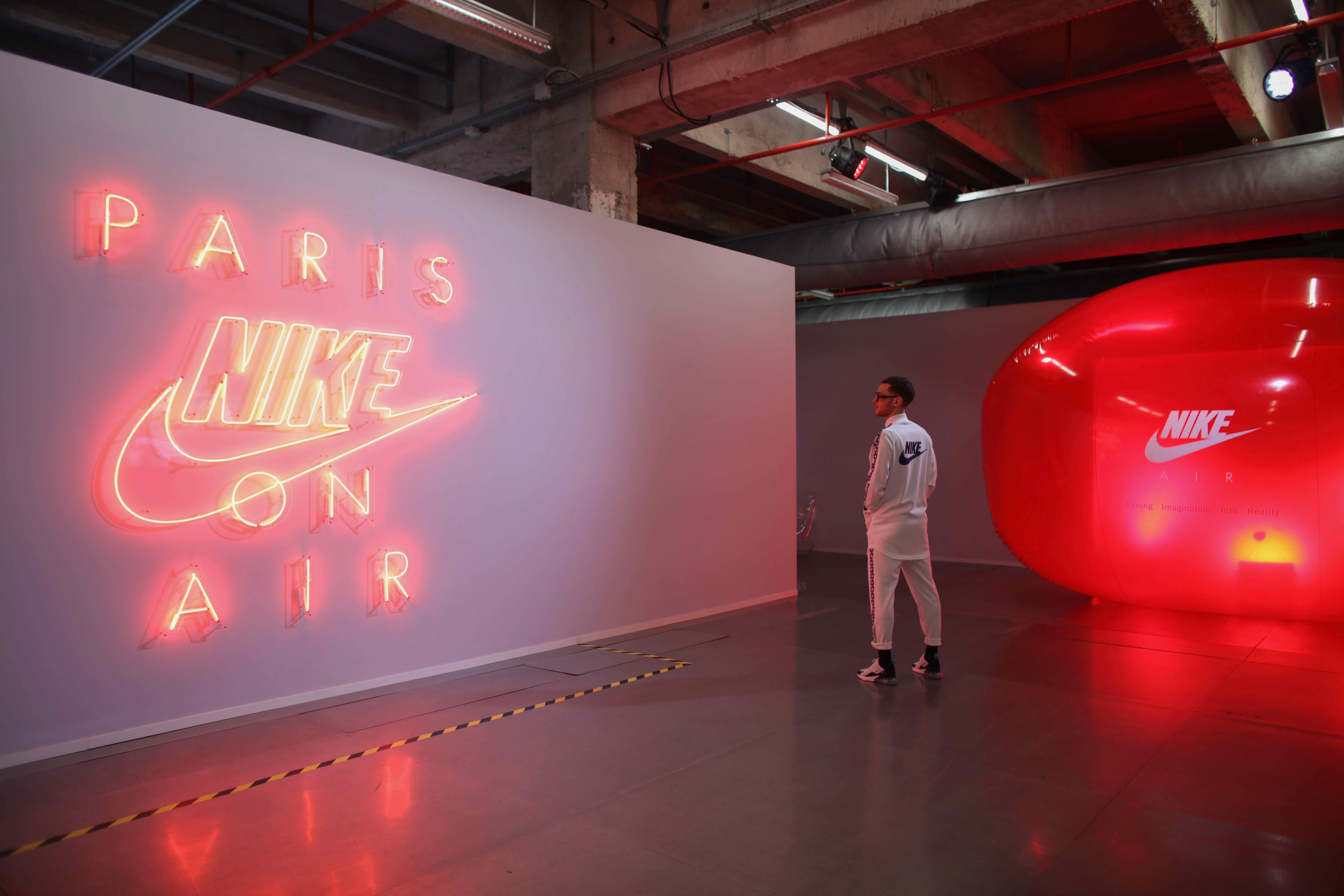 hot sale online 4223c 37ae0 Creative Event Paris On Air – Fubiz Media