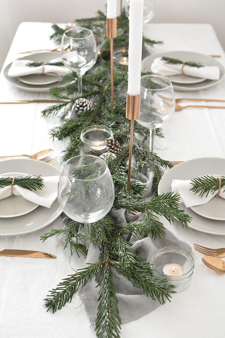70 Beautiful Christmas Table Setting Ideas Christmas Table Settings Winter Table Decorations Christmas Table Decorations