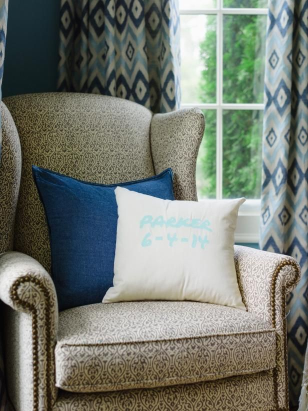 8 Kid-Friendly Living Room Decorating Ideas images