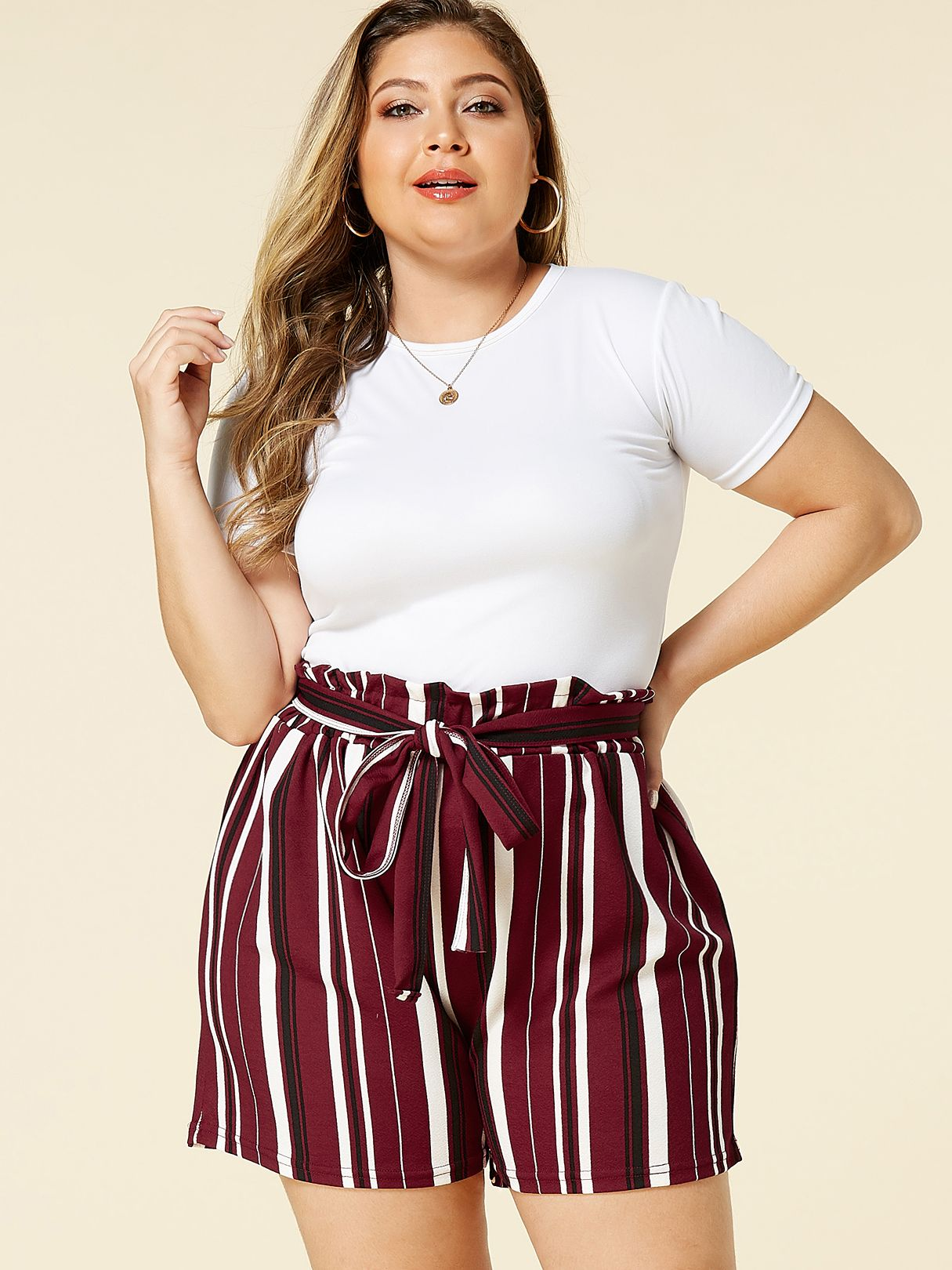Photo of YOINS Plus Size Belt Design Burgundy Stripe Shorts – KWEEKBOOK