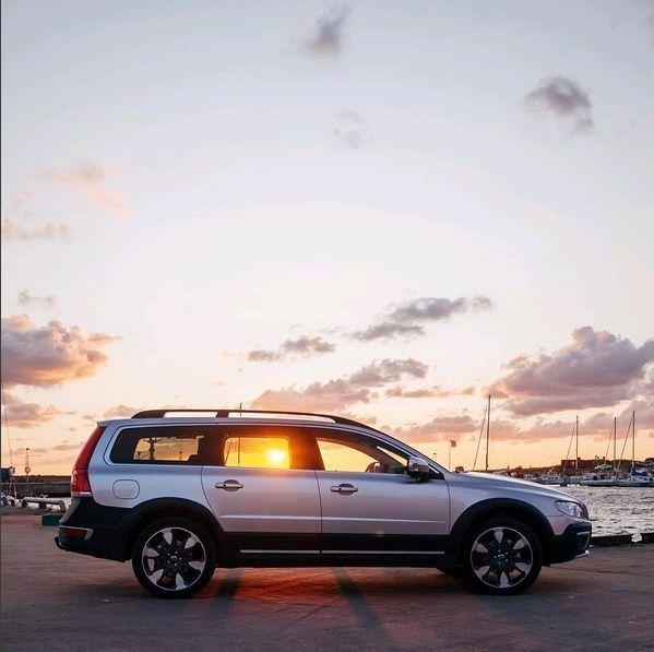 Xc70 With Optional Erakir Wheels 19 X 8 Volvo Cars Volvo