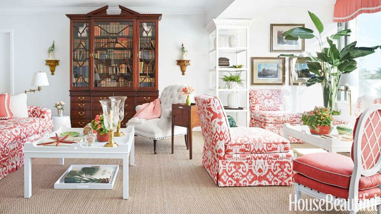 Home Tour A Feminine And Effervescent Palm Beach Apartment Beach Living Room Palm Beach Decor Home