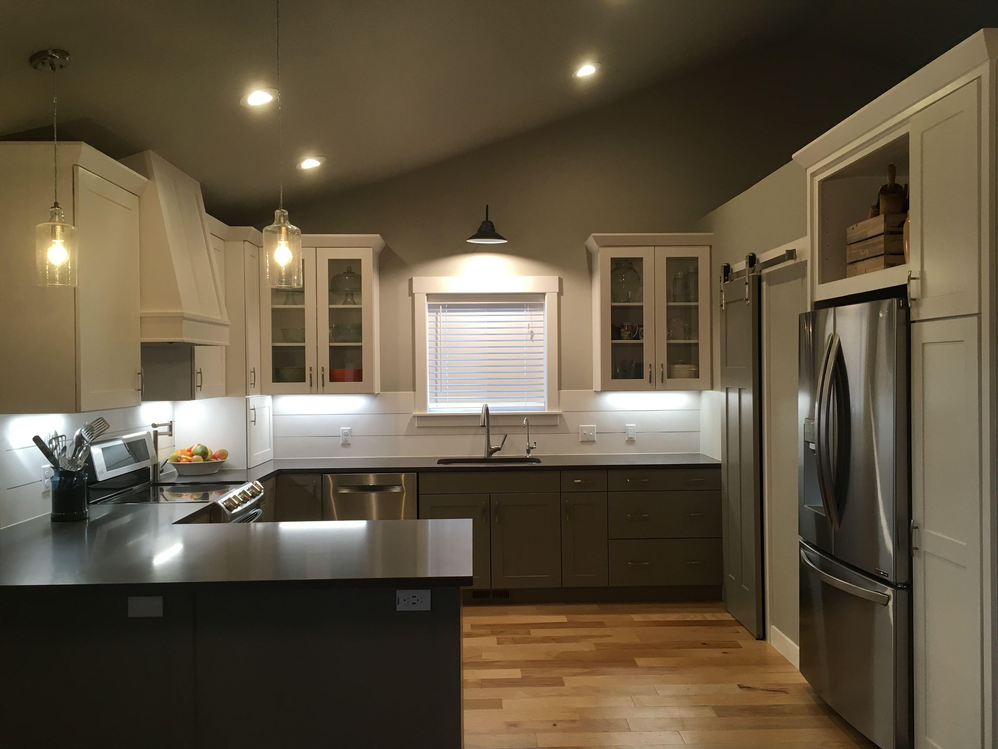 Best Farmhouse Kitchen White Upper Cabinets Sherwin Williams 400 x 300