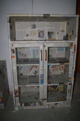 Schrank Mit Zeitung Bekleben schrank mit zeitungspapier beklebt diy selbermachen weiteres