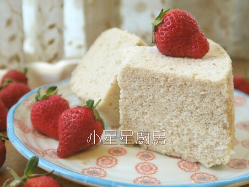 新鮮草莓燙麵戚風蛋糕 - 愛料理