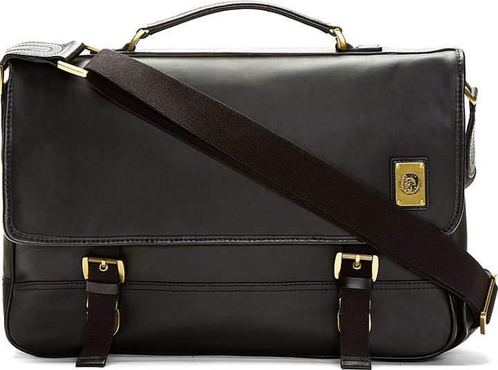 5065c3976 Diesel Black Swingy Messenger Bag on shopstyle.com | FASHION ...