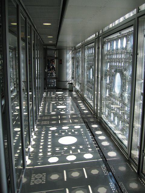 Arab World Institute - shadows