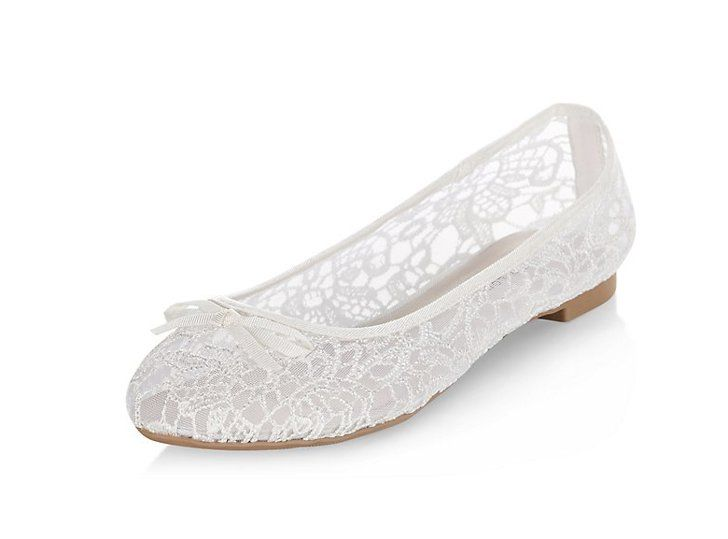 87ac7c279e45 Pin for Later  The Ultimate Guide to Flat Wedding Shoes New Look White  Bridal…