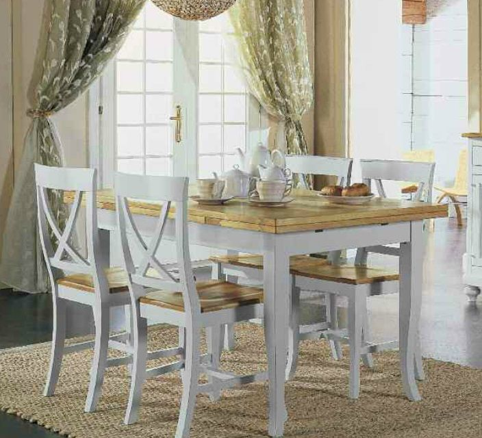 Tavolo allungabile in legno con 4 sedie shabby chic for Tavolo da pranzo con sedie