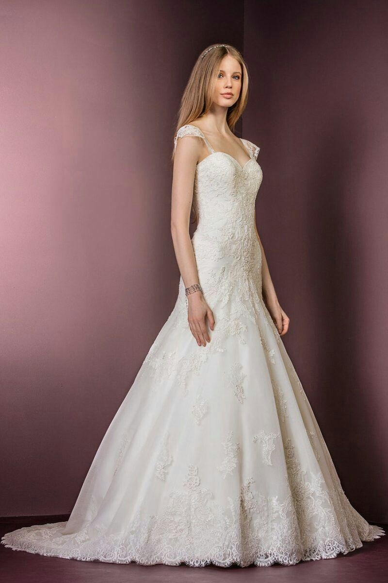 Beautiful lace wedding dresses uk
