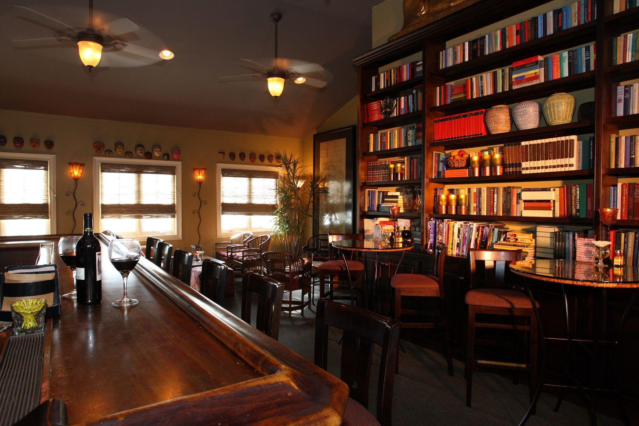 The Goblin Market Restaurant lounge, Mount dora, Restaurant