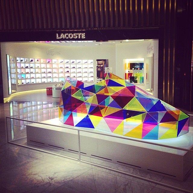 #分享Instagram# #lacoste #plexi #shoe #instore #retail #design #art #window #store #shopping #customer #mall #retaildesign #shop