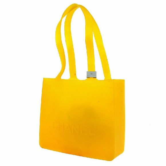 """AUTH VINTAGE CC LOGOS SHOULDER TOTE BAG BBG6540 """"It is 100% Authentic Item - Previously Owned but Good Condition,Please Check all the Photos!  Material: Rubber, Color : Yellow ,some noticeable scratches and dirt  ,,Smell of material.  ,  No Trade."""" CHANEL Bags Shoulder Bags"""